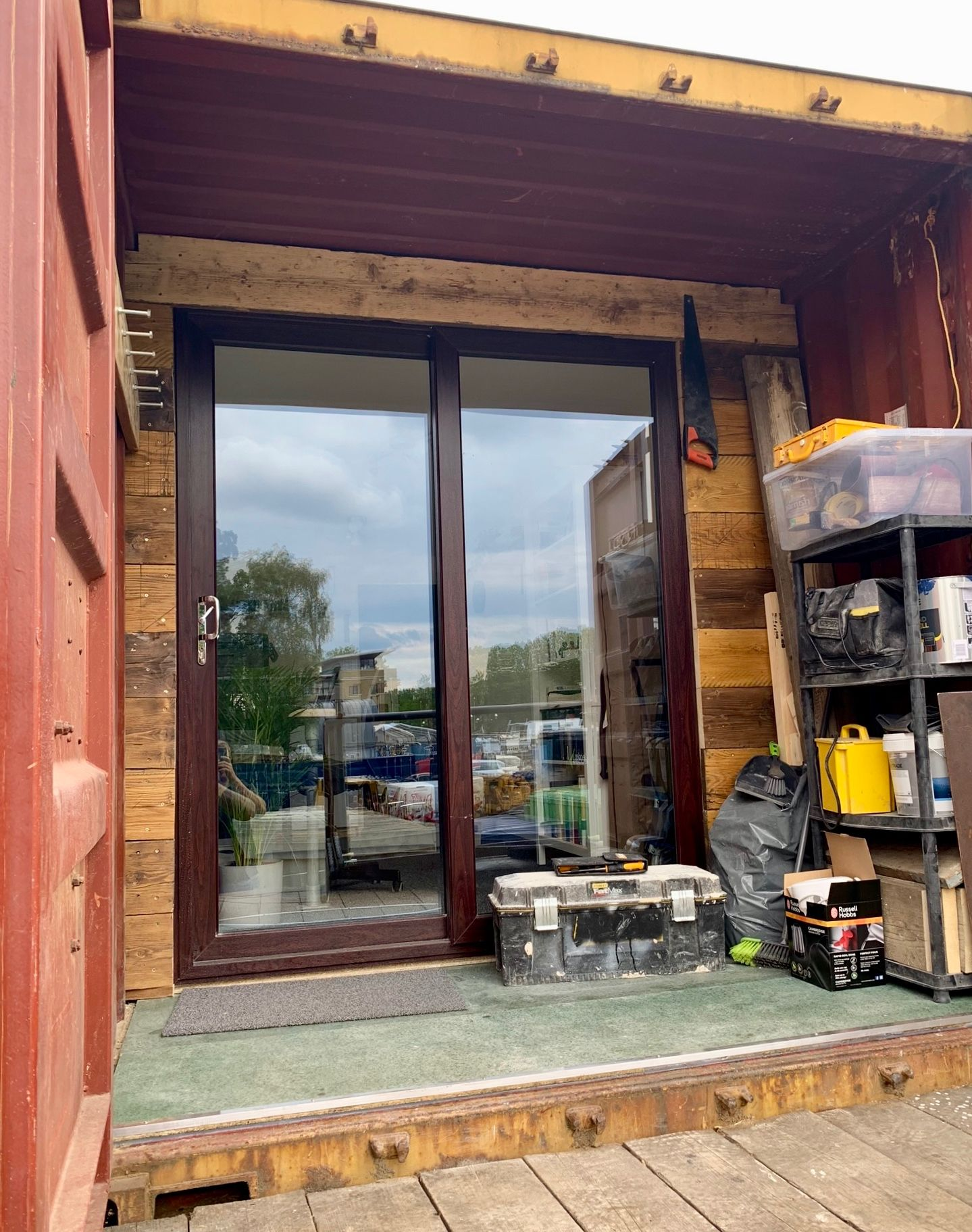 Conversion of shipping container to office space by King's Construction